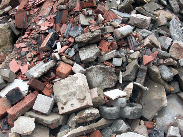 Бой кирпича, бетона